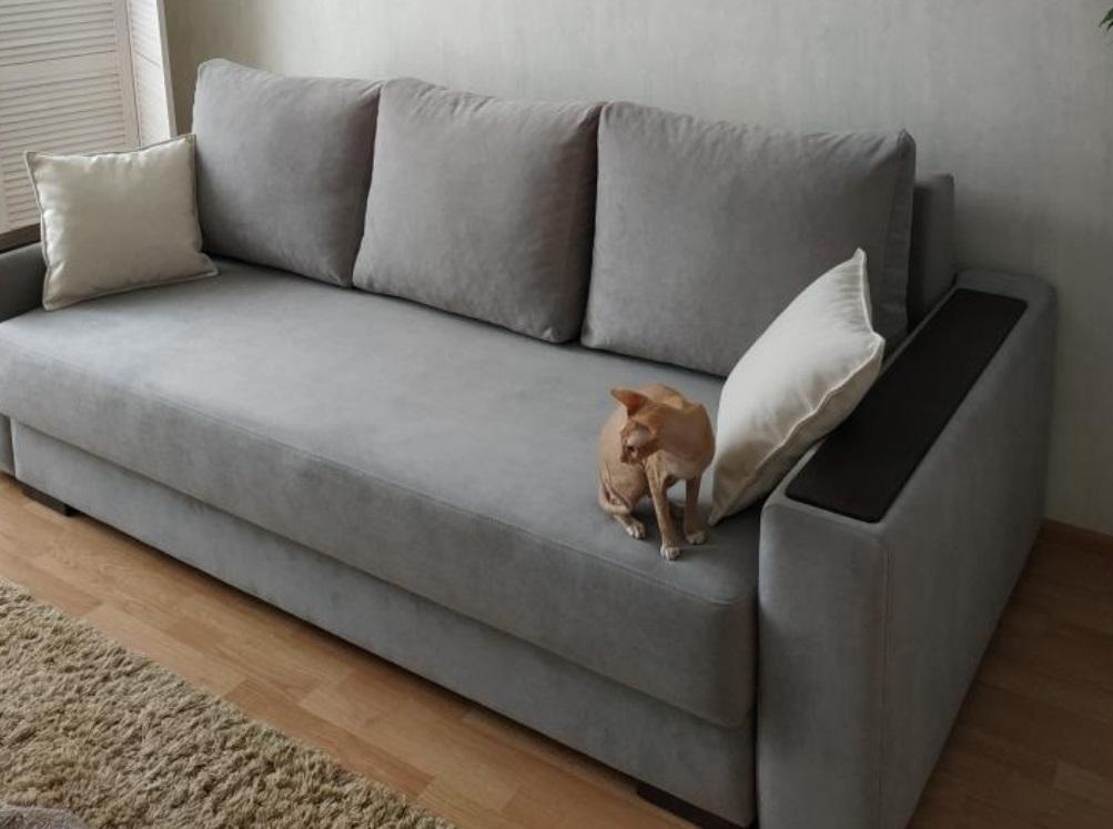 Серый диван Норман в интерьере